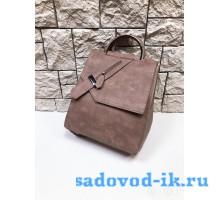 Сумка-рюкзак женская с застежкой
