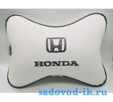 Подушка на подголовник Honda (белая)