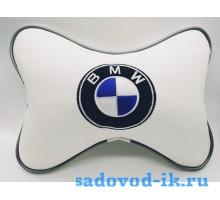 Подушка на подголовник BMW (белая)